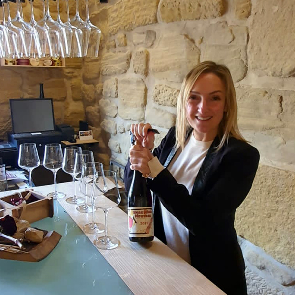 cata de vino con la enologa Elena Corzana